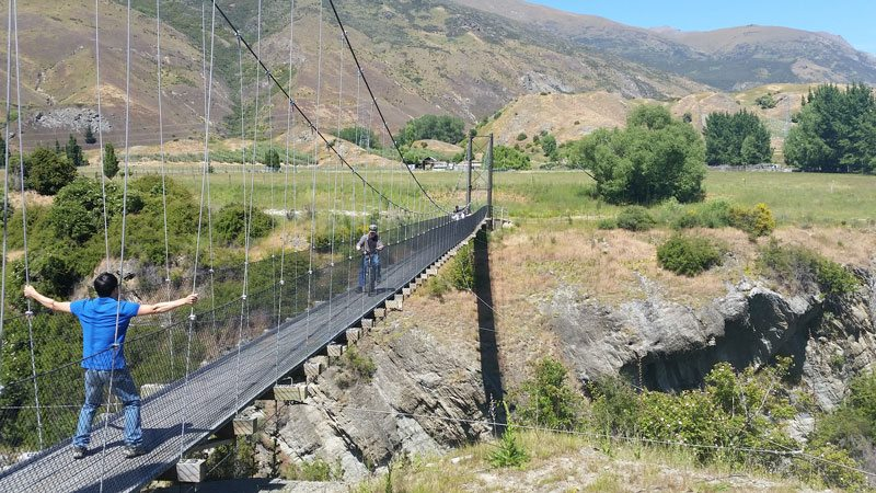 Another great option is riding from Arrowtown to Queenstown. Arrowtown is 300 metres higher than Queenstown, so the natural flow and style of the trail makes this the best way to ride